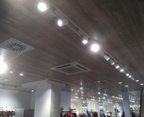 Türluftschleieranlage, Kat Systems München Kaufhaus Nachrüstung einer Klimaanlage Montage Türluftschleieranlage Austausch der Lüftungsanlage
