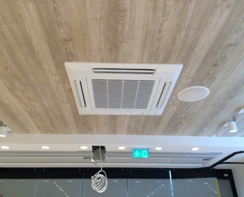Austausch Klimaanlage und Lüftungstechnik Türluftschleier Berlin KAT Systems